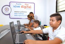 Bolivarenses beneficiados de la tecnologia