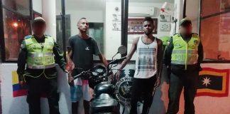 Dos primos capturados por hurto de motos