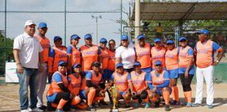 Primer Torneo de Sóftbol Femenino Juega por tu Barrio