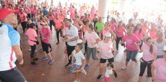 ider y dadis apoyo a lucha contra el cancer de mama